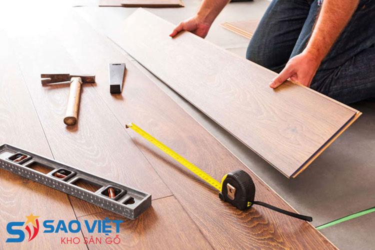 Lắp đặt sàn gỗ công nghiệp theo kỹ thuật