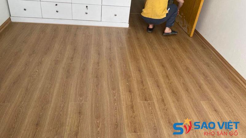 Nên chọn sàn gỗ công nghiệp dày 8mm hay 12mm